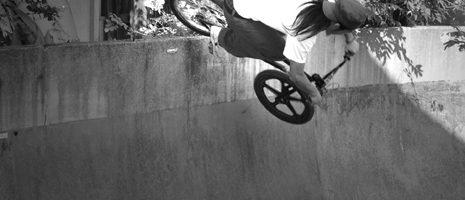 Old Bowl<br/>PHOTO:KAITO TANAKA