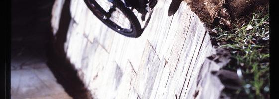 SLIDE<br/>PHOTO : HAJIME YAMAZAKI