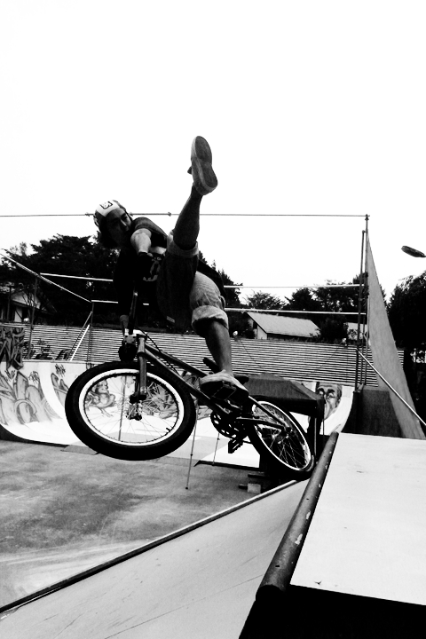 The Kickin'!!!<br/>PHOTO:Yossy