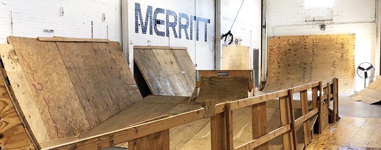 MERRITTの製品がニュージャージーから到着。少量の入荷です!!